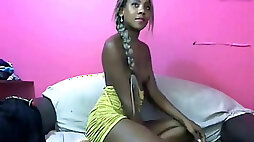 Brown colombian hotty shows off her pink vulva