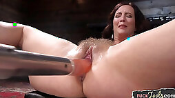 Babe loves getting doggy styled by fuck machine