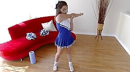 Tiny Cheerleader Sits On Hot Muscle