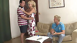 His blonde amateur teen gf is involved into family threesome