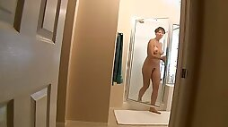 Zoey Holloway Son Spies on MOM Showering