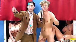 Kinky TV Sex Act SHOW GAMES