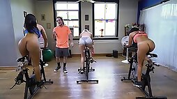Rose gets her big ass rimmed and fucked by her spin class instructor