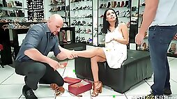 Horny Latina Shows Pussy And Seduces Shoe Shop Manager