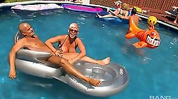 Orgy by the pool with insanely horny dick worshiping stunners