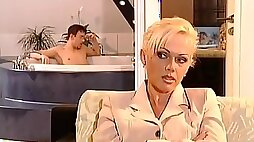 Amoral gorgeous busty Blonde Spies On Handsome Guy In Bathtube