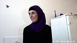 Mature muslim takes black dick